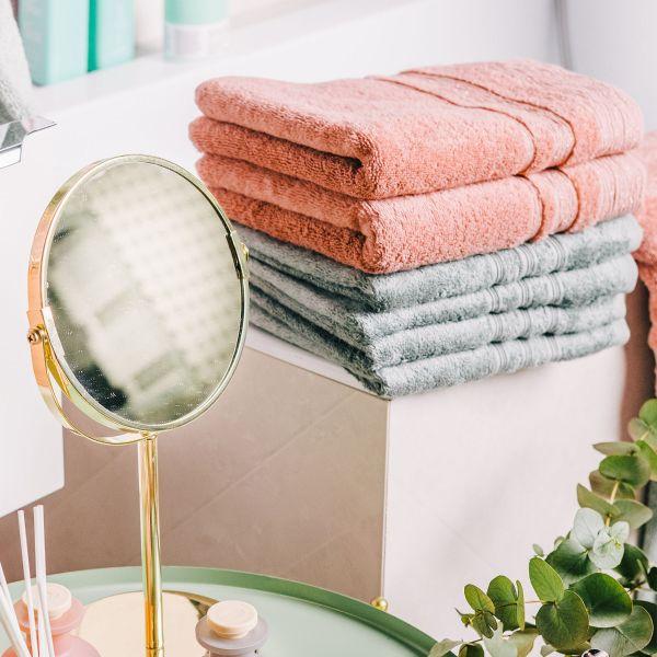 CLAT Ręcznik z delikatnym lureksem różowy 70x130 cm